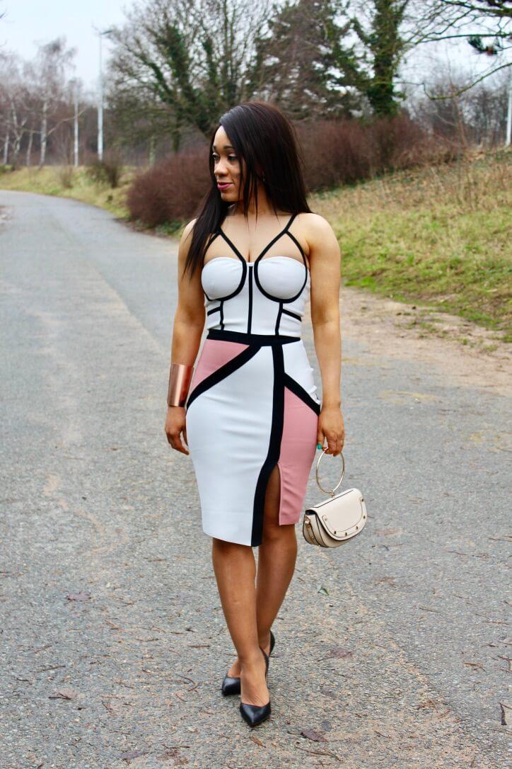 La robe bandage