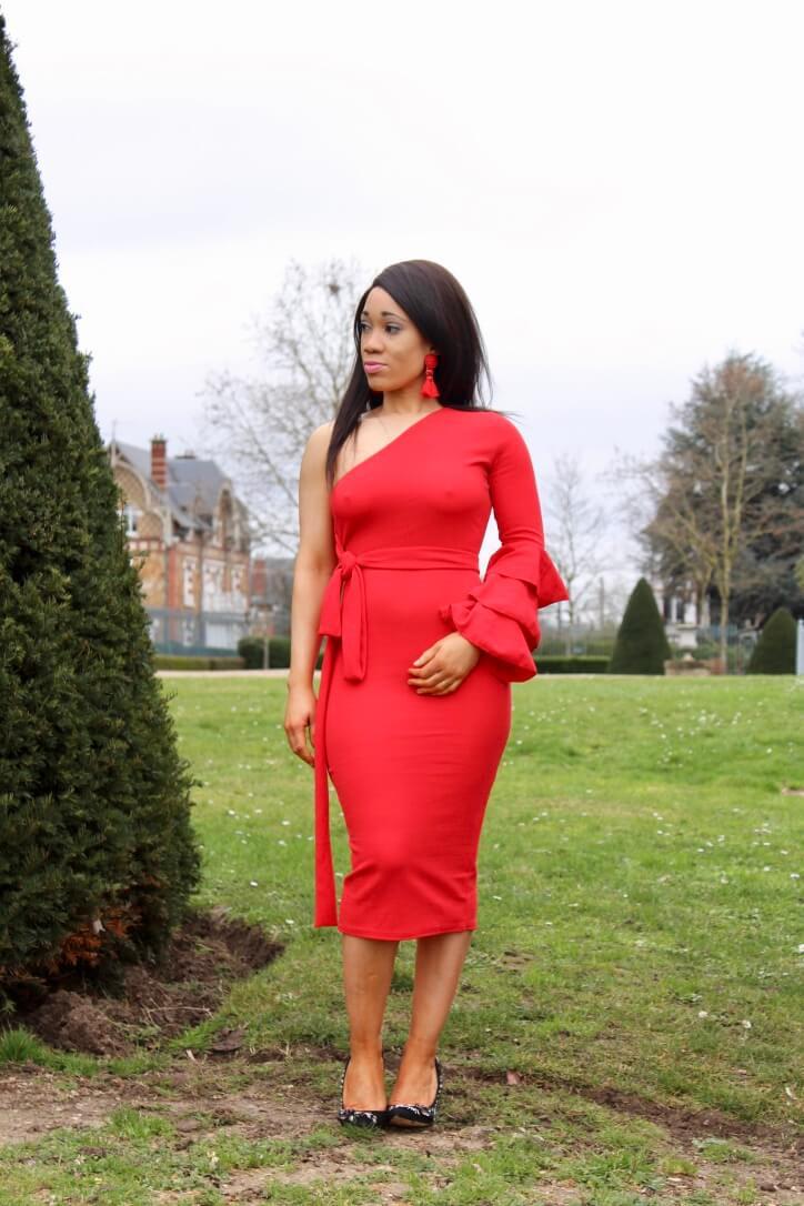 robe rouge asymétrique